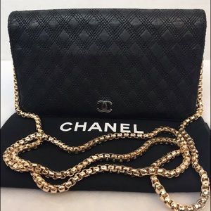 CERTIFIED AUTH. CHANEL QUILTED CC BIFOLD WALLET